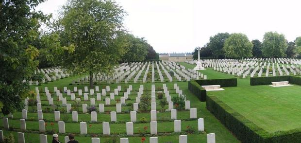 1500px-beny-sur-mer_cemetery